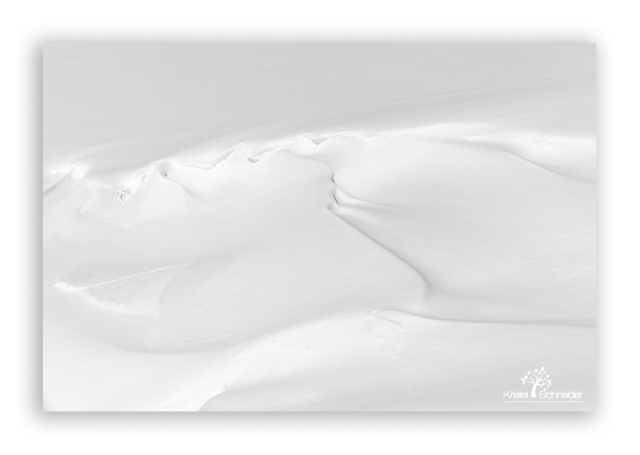 snow-waves-on-ice